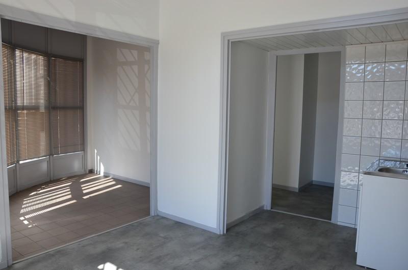 travaux de l ancienne poste pour l accueil des m decins cc loire sem ne. Black Bedroom Furniture Sets. Home Design Ideas